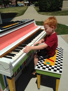 Play Me Pleeze piano