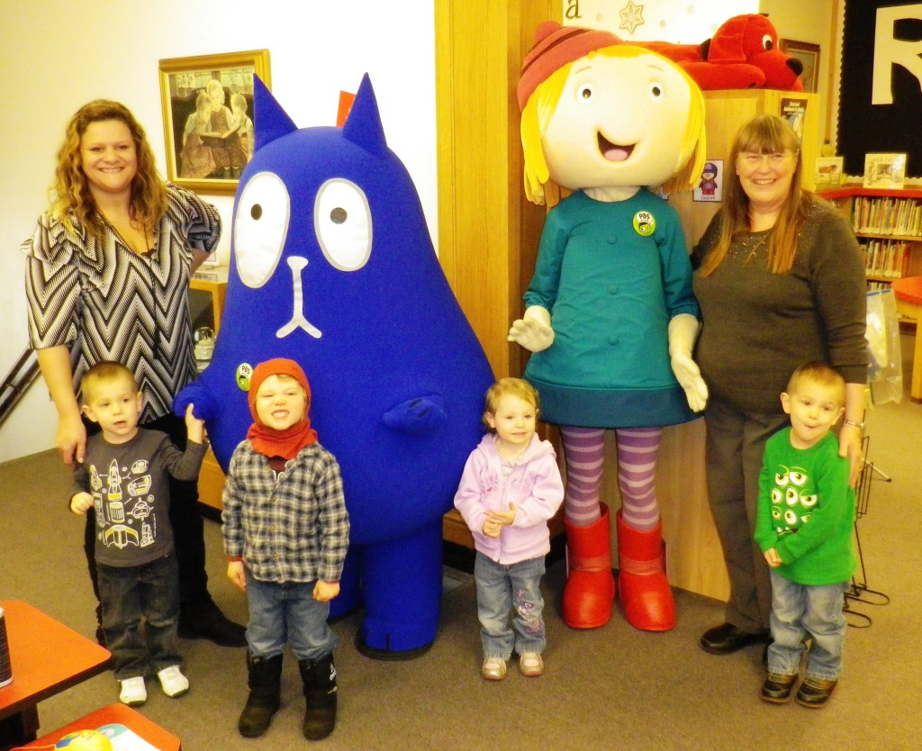 Peg Plus Cat, librarians, and storytime children