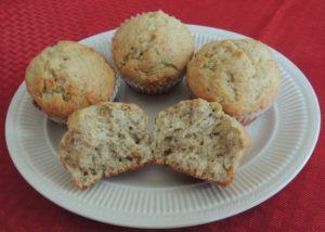 Healthy(er) banana muffins