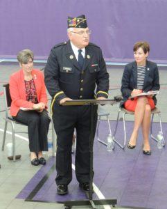 (from left) Sen Joni Ernst, moderator Jim Andrew, Lt Gov Kim Reynolds | GCNO photo