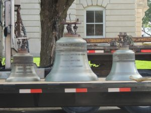 pic-18-3-bells-on-trailer
